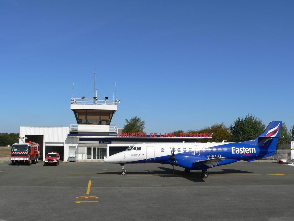 Aéroport de Laval et de la Mayenne