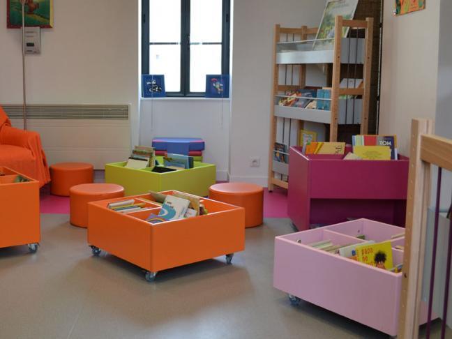 bibliotheque-saint-etienne-de-mer-morte-44-loi-1