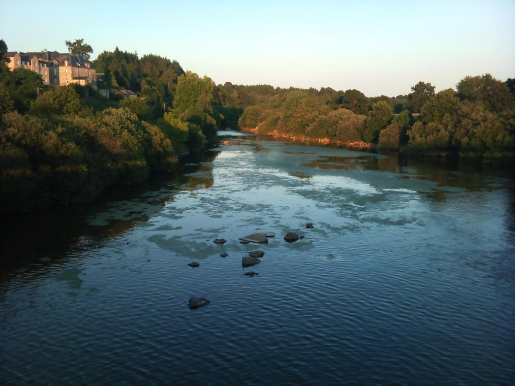 vue-du-barrage-de-St-Fraimbault-2