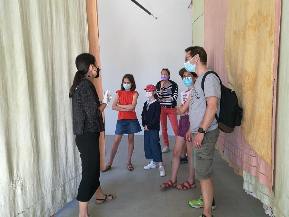 Visite de l'exposition «Soleil Blanc»