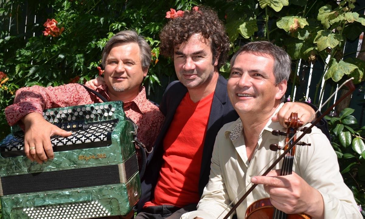 Translave Trio