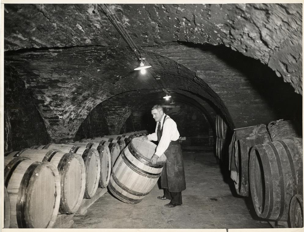 1960-cave