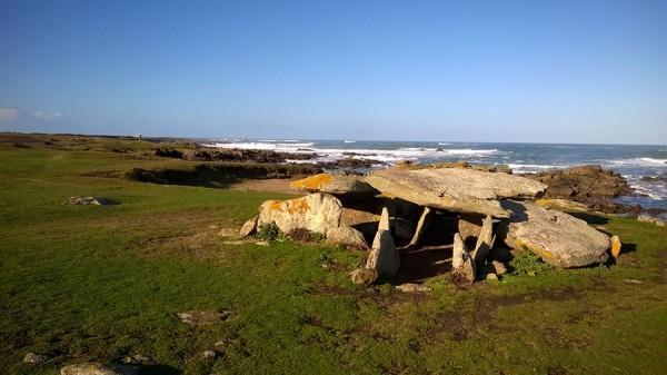 dolmen-de-la-planche-a-puare-f-guerineau-241337
