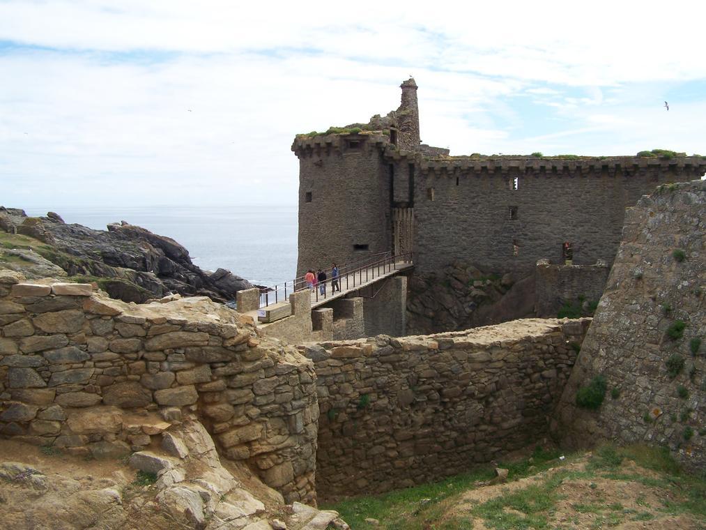 le-vieux-chateau-ile-d-yeu-f-guerineau-1-231811