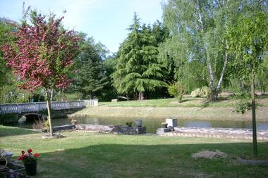 gite-brain-sur-l-authion-jardin-copie-510930