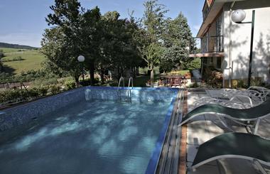 Delabre piscine