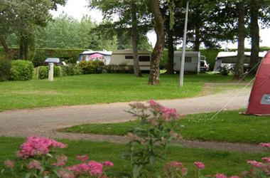 2-Camping-Municipal-La-Digue-St-Martin-Morbihan-Bretagne-Sud