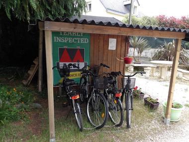 Camping des Cerisiers - Guillac - Brocéliande - Bretagne