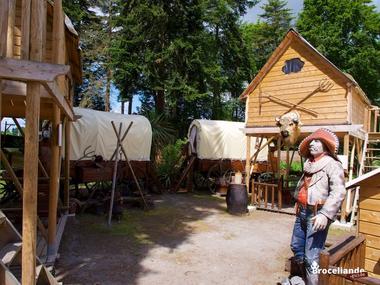 Camp western 1 Camping d'Aleth St-Malo de Beignon Brocéliande