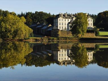 Château de Loyat - reflet étang - Brocéliande - Bretagne
