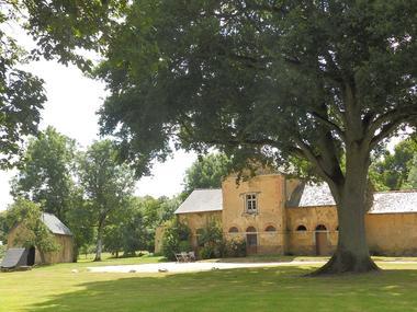 Le Logis du Chateau Pin