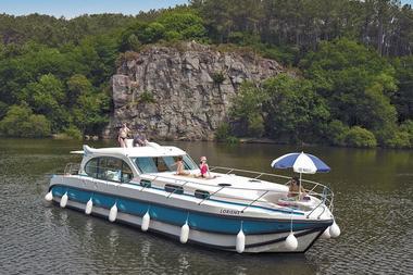 Nicols Location de bateaux - Glénac - Destination Brocéliande - Bretagne