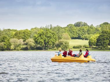 acitivtés nautiques - pédalo - lac au duc - club nautique - taupont