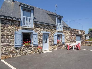 Gîte Brocéliande - façade entrée - Campénéac - Morbihan