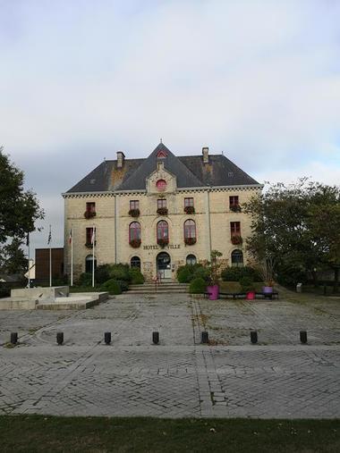 Mairie - Montauban de Bretagne