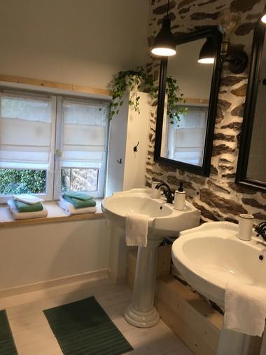 Salle de bain chambre Fée Viviane
