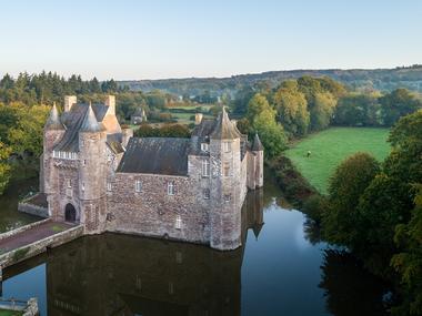 Chateau de Trécesson - vue aérienne - Campénéac - Brocéliande - Bretagne