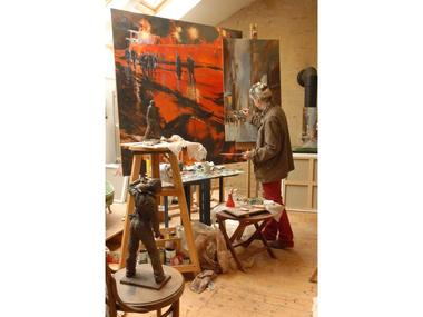 anne-Smith-in-her-studio-web-2
