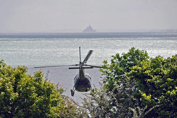 Vol au Mont-Saint-Michel