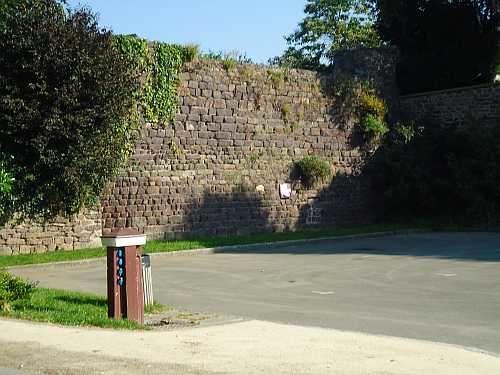 Aire de camping-car de Montfort-sur-Meu