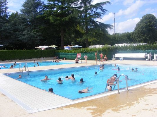 Camping Sérent piscine intercommunale - Morbihan - Bretagne