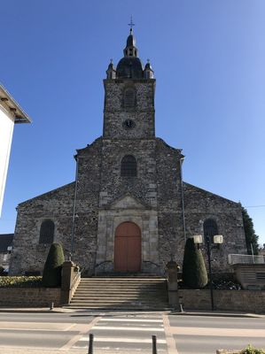 Eglise Irodouer - départ du circuit (4)