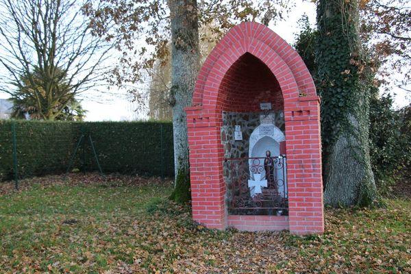 Fontaine St Tudin Landujan