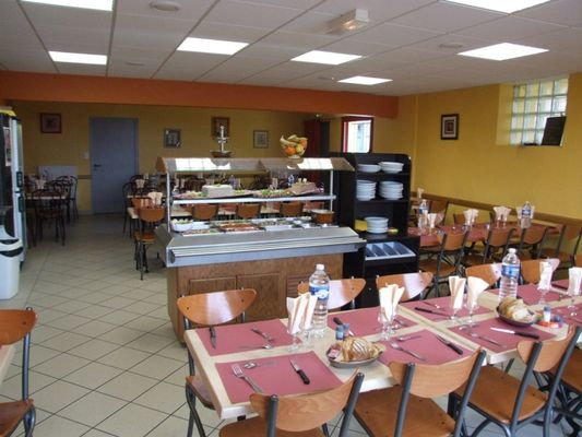 Restaurant au p'tit Paris - Gourhel - Brocéliande - Bretagne