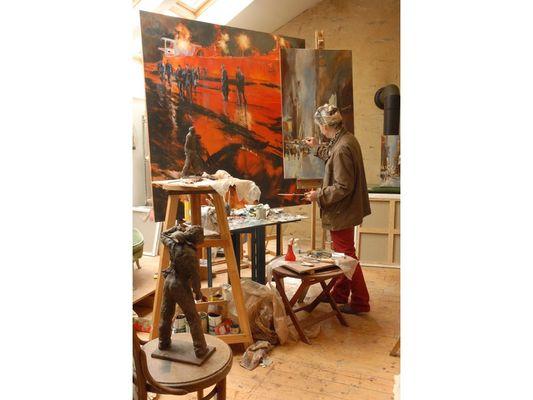 anne-Smith-in-her-studio-web-2