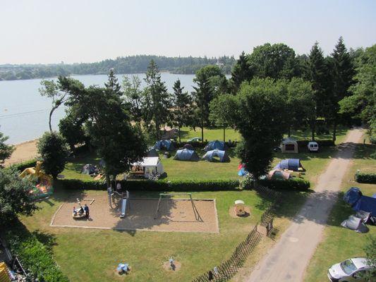 vue aérienne - camping du lac - Taupont - Bretagne