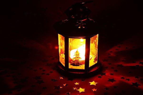 candle-15821_1280