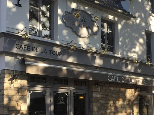 café de la tour - facade - Ploërmel - Brocéliande