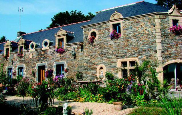 Le-Clos-Ssaint-Fiacre-Carentoir-Destination-Broceliande-Bretagne