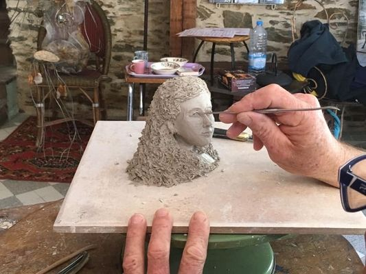 Sculpture-Maison-artiste-Josselin-Brocéliande-Morbihan-Bretagne
