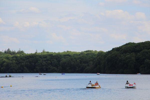 Loisirs au Lac de Trémelin
