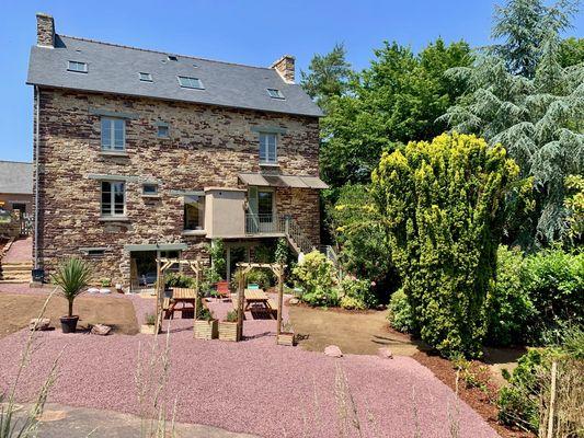 cote-jardin---maison-des-legendes-paimpont---3-3