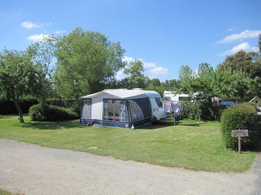 Camping Ninian - emplacement grand confort - Taupont - Brocéliande
