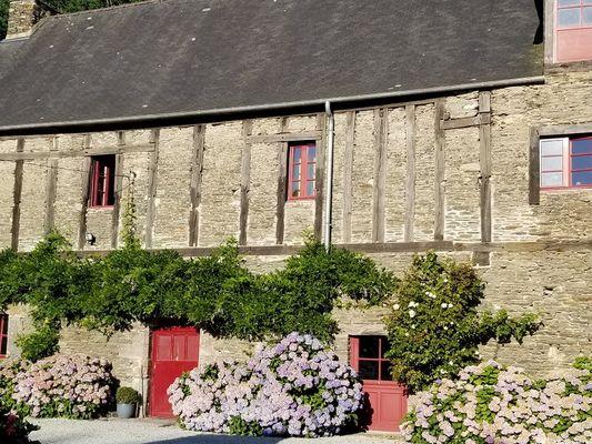 Chambre-hôtes-La-Gaudinais-Ploërmel-Destination-Brocéliande-Bretagne