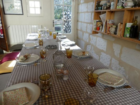 A table chez Mili - table