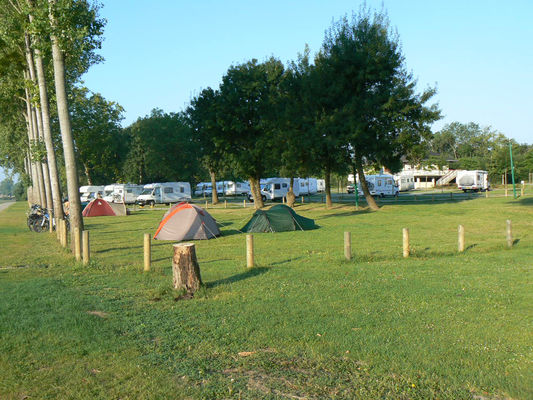 angersloirevalley-aire-camping-car-bouchemaine-1-254976