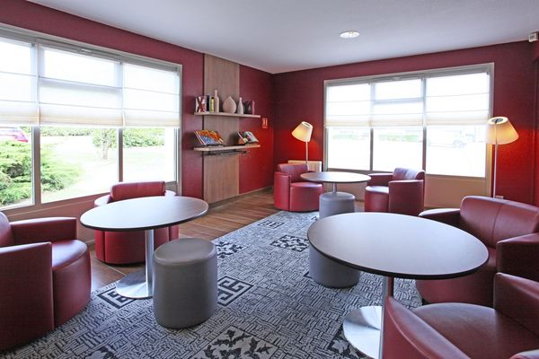 Lounge-hotel-campanile-destination-angers