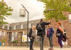 Devant l'Hôtel Montfort Communauté