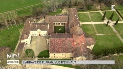 Vue d'en haut : L'Abbaye de Flaran