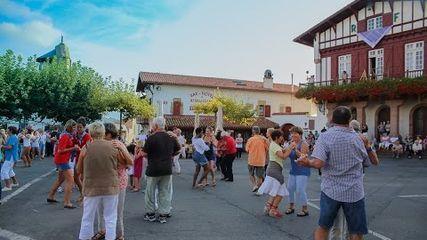 Mutxiko à Bidart, danses Basques