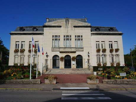 Mairie de Saint-Julien-les-Villas