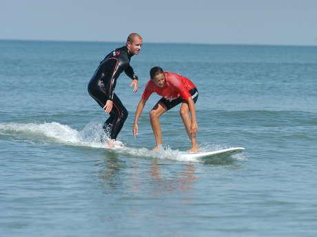 COURS DE SURF ET NATATION À DOMICILE PAR SWIM AND SURF