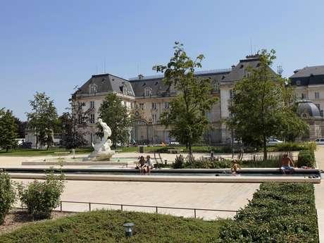 Hôtel de la préfecture - Former Notre-Dame-aux-Nonnains abbey