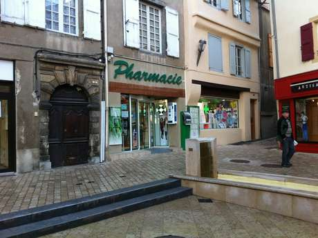 PHARMACIE LAUNE-MONER