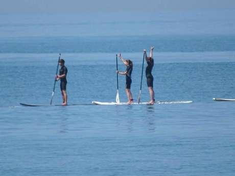 """SURF, PADDLE, PLANCHE À VOILE, CATAMARAN & KAYAK PAR """"LA CABANE VERTE"""""""