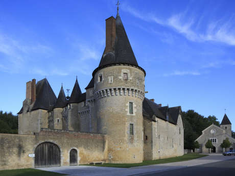 Château de Fougères-sur-Bièvre